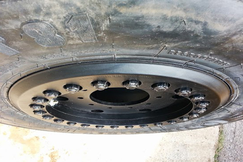 Continental MPT 81 Tread